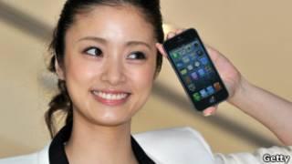 Японка с телефоном