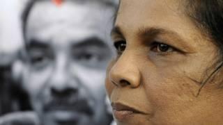 Prageeth (L) and Sandya Eknaligoda