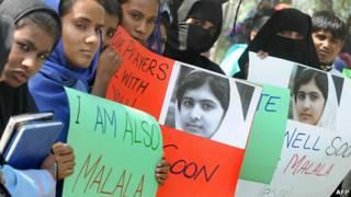 estudiantes se manifiestan en favor de Malala
