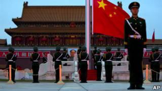 बीजिंग में चीनी सैनिक