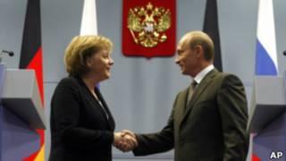 Ангела Меркель и Владимир Путин в Сочи (январь 2007 года)