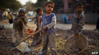 india children construction site