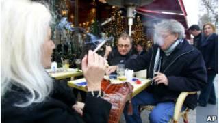 Fumadores en Francia.
