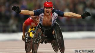 Британский чемпион Дэвид Вейр