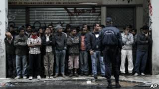 Нелегальные иммигранты в Греции