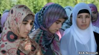 Девушки в хиджабах