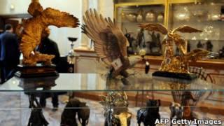 Objets de luxe de la famille Ben Ali mis aux enchères