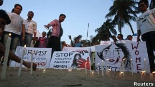Protesto contra estupro na Índia (Reuters)