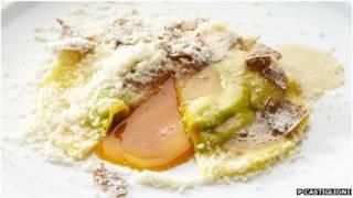 Ravioles en huevo