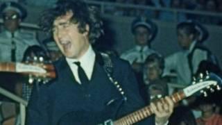 مغني فرقة البيتلز جون لينون