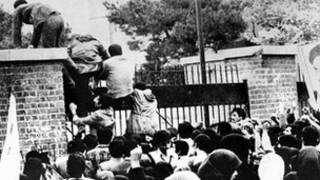 La toma de la embajada de EE.UU. en Teherán en noviembre de 1979