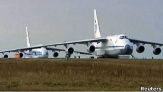 """Ан-124 компаний """"224 летный отряд"""" и """"Волга-Днепр"""""""