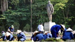 Tượng Lenin ở Hà Nội