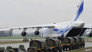 """Самолет Ан-124 """"Руслан"""" перед отправкой в Мали"""