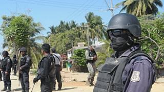 Policía en Acapulco