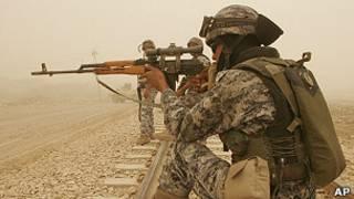 Иракский солдат с СВД