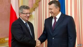 Президенты Коморовский и Янукович в сентябре 2012 года