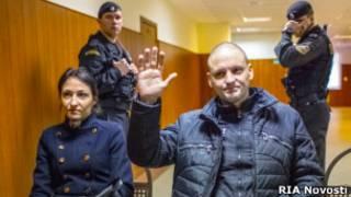 Сергей и Анастасия Удальцовы перед заседанием суда
