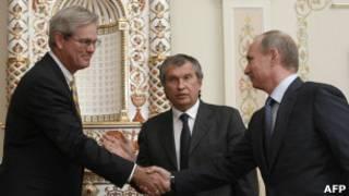 Гринли, Сечин и Путин