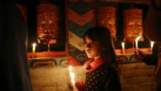 एक तिब्बती शरणार्थी वालिका