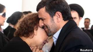 احمدی نژاد و مادر چاوز