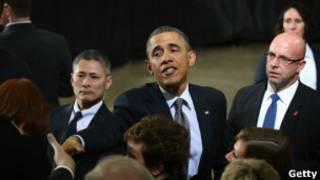 Президент Обама с избирателями