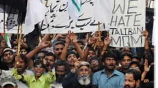 Manifestación contra el Talibán en Karachi