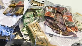 Dinero y drogas incautadas