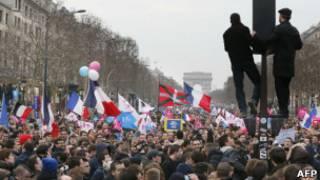Демонстрация в Париже против однополых браков