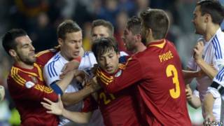 Spanyol lawan Finlandia