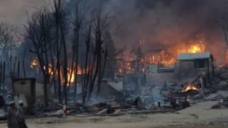 meiktila_burning_houses_