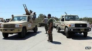puesto de control en Libia