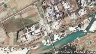 صورة بالاقمار الصناعية لمفاعل يونغ بيونغ الكوري الشمالي