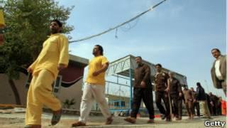 سجناء عراقيون