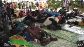 Imigrantes em abrigo no Acre (foto:Fábio Pontes - BBC Brasil)