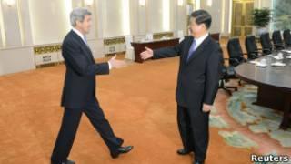 جون كيري في لقاء مع الرئيس الصيني