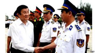 Chủ tịch Trương Tấn Sang gặp gỡ cảnh sát biển