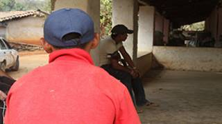 Andrés, niño en proceso de re educación por autodefensas