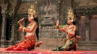 Dança cambojana   Foto: Marina Wentzel