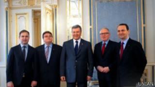 Янукович із міністрами закордонних справ країн ЄС