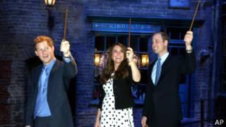 Чета герцогов Кембриджских и принц Гарри