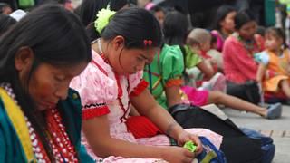 Desplazadas de la tribu Emberá en Bogotá