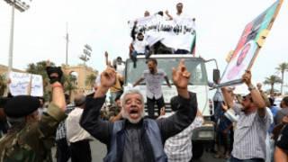 Masu goyon bayan dokar haramta wa jami'an Gaddafi rike mukamai