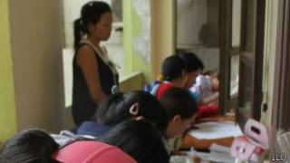 Thanh niên đăng ký việc làm ở Hà Tĩnh. Ảnh: ILO
