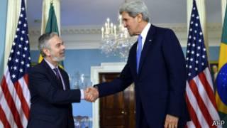 Patriota e Kerry em encontro nesta segunda-feira (AFP)
