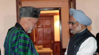 نخست وزیر هند و کرزی