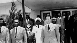 الرئيس الجزائري الراحل بن بلة في أول قمة افريقية في داكار
