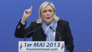 Fransa'daki Ulusal Cephe lideri Marine Le Pen
