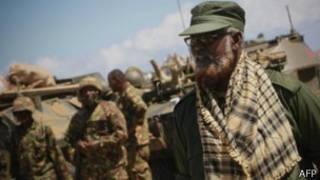 Fracciones somalíes rivales