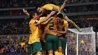 أستراليا تقترب من التأهل